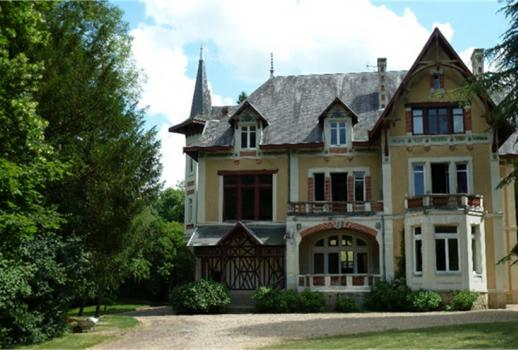19th Century Castle in South Touraine