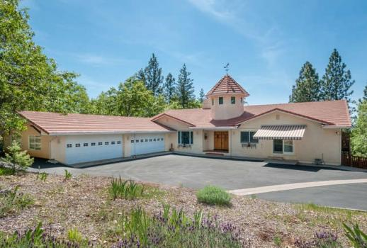 Exclusive property in a quiet area of Northern Californias Georgetown