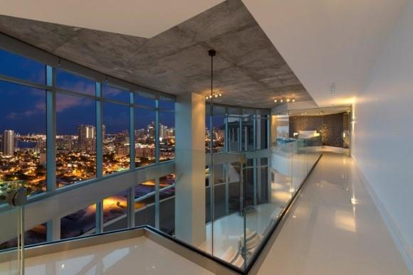modern penthouse in with ultimate miami bay and city view. Black Bedroom Furniture Sets. Home Design Ideas