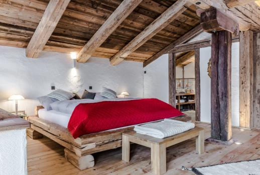 Luxury chalets near the idyllic, still undiscovered Mölltal Glacier