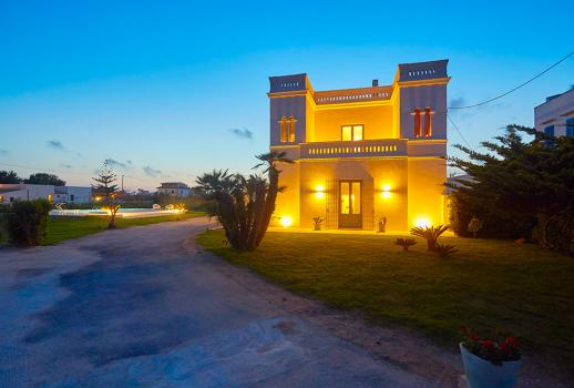Elegant Sicilian villa located in the heart of Marsala