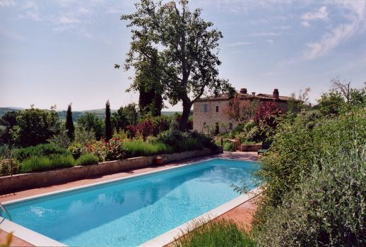 Il Giardino: Dream Country House with Landscaped Gardens