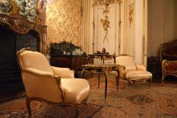 Palaces in France - The Birth of Luxury