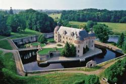 Herrschaftliche Festung aus dem 12. Jahrhundert (Frankreich)