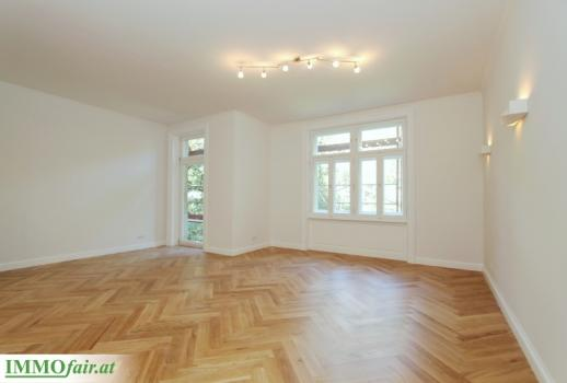 Elegant 3 room old building in a quiet location - high quality first time occupancy with balcony - near the Sternwartepark - approx. 96m² + 9m² balcony - EUR 753.750, -