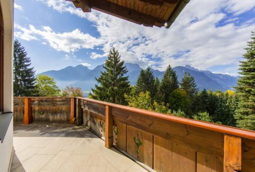 Luxury Country House, views of the Dolomites