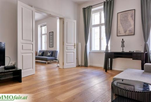 Generous 3 room old style building in a popular location in the 7th district!