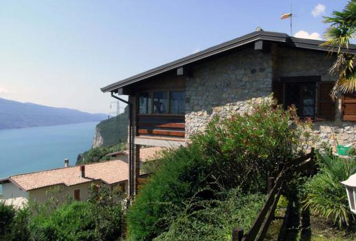 Panoramic villa with pool - Mezzema