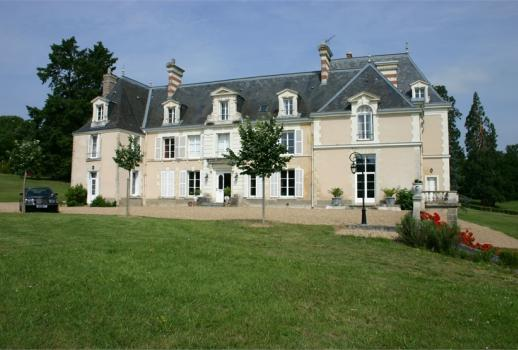 Restored 17th century castle near Tours
