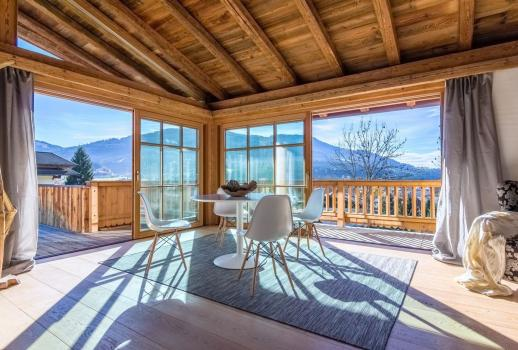 Fantastic chalet with a large terrace and stunning views