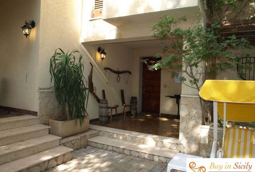 Villa with garden in San Vito Lo Capo