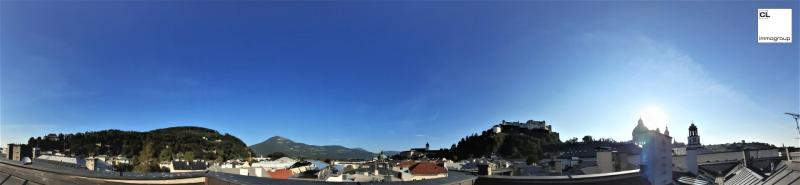 Impressively beautiful old apartment in the heart of Salzburg#39;s old town