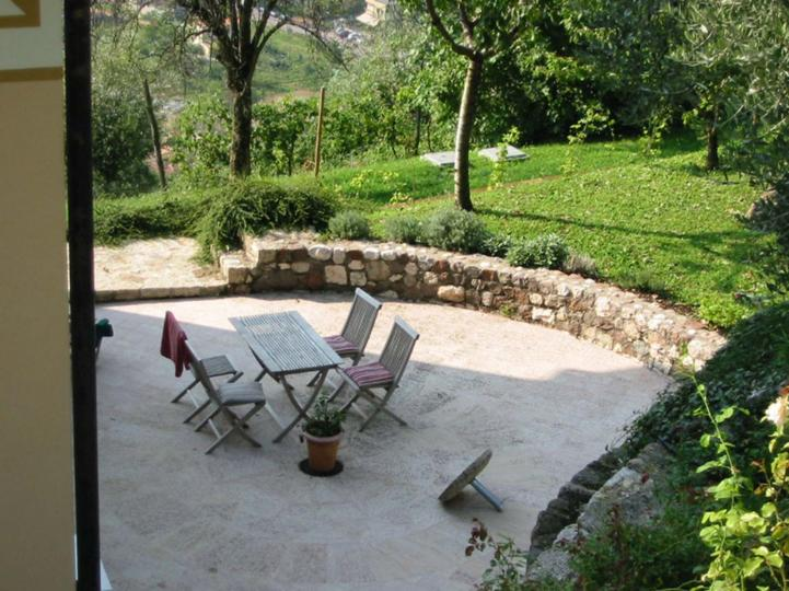 Country house with a view of Lake Garda