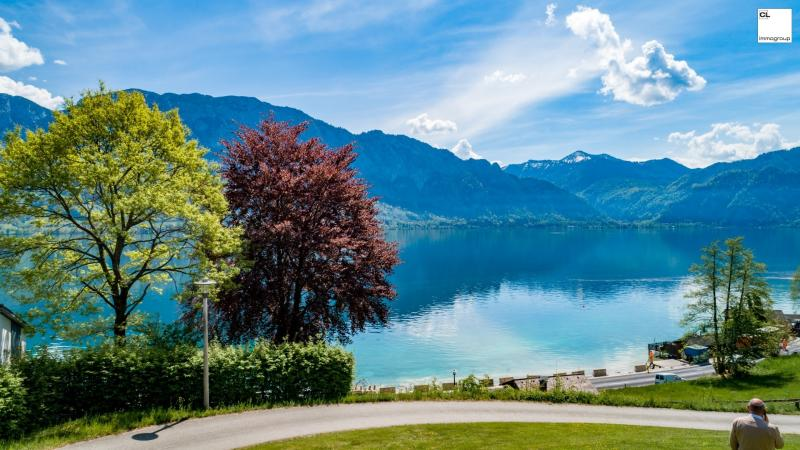 Incredible view of the Attersee! A luxury location!