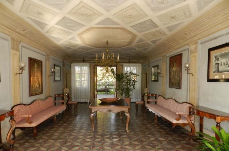 Sale: villa of famous aristocracy